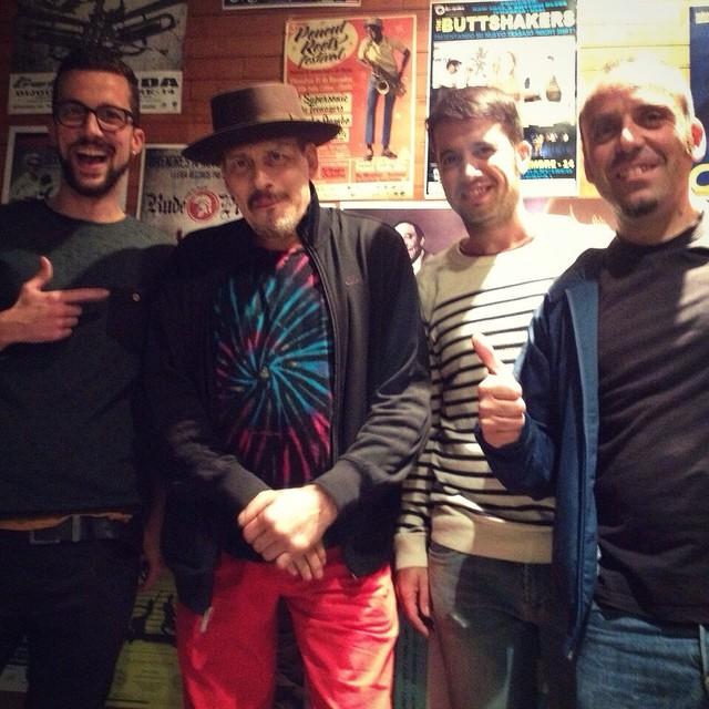 #Fotogrupie amb el gran trompetista Jerry Gonzalez. Arranca amb força el #jazztardor ?✊ #jazz #jerrygonzalez #lleida #ponentroots #blackmusic #calle54 #thefortapacheband #music #igerslleida #cafedelteatre  @albert_eritja @educat_ @uriroots