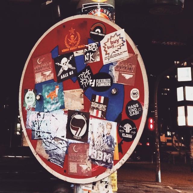 Presents a #hamburg ✊ #germany #sanktpauli #dtpauli #redzone #againstracism #stickear #unity